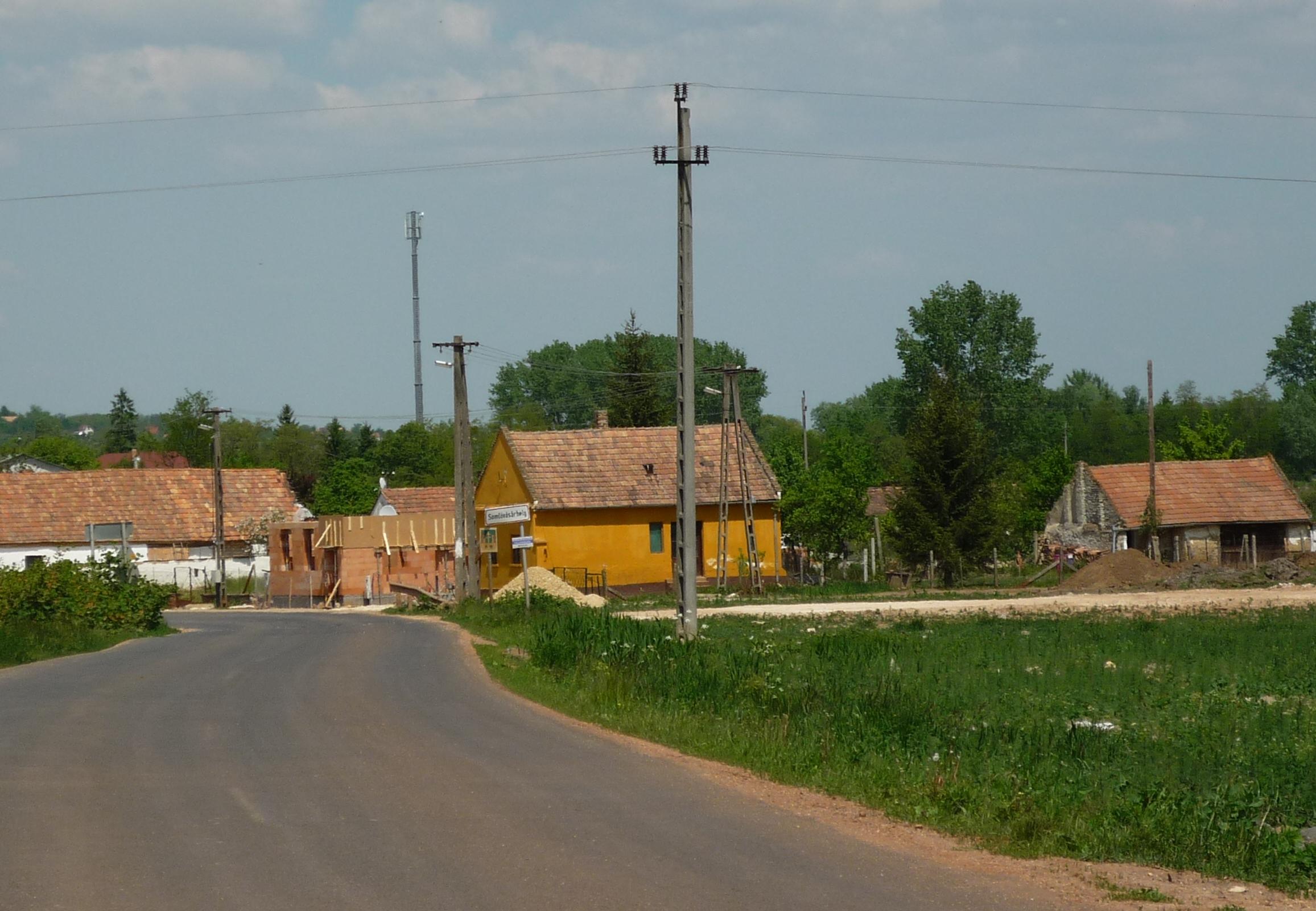 Újjáépülő házak Somlóvásárhelyen