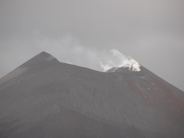 Krakatau vulkán krátere
