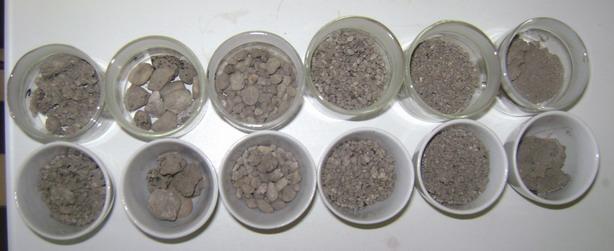 Zúzott betonhulladék különböző szemcseméretű frakciói