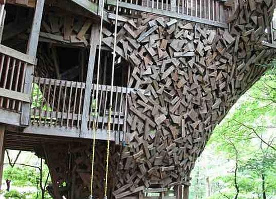 Hulladék-fa ház