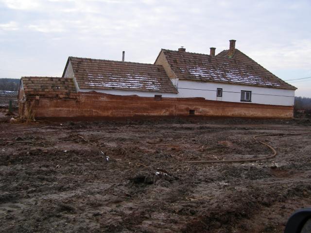 A falu elárasztott része eltűnt